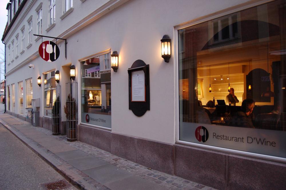 Restaurant D'Wine