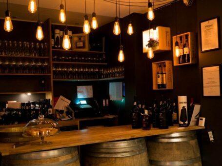 Douro Wine Bar i Aalborg 9000 nordens paris café vinbar portugal menukort reserver dinnerlust