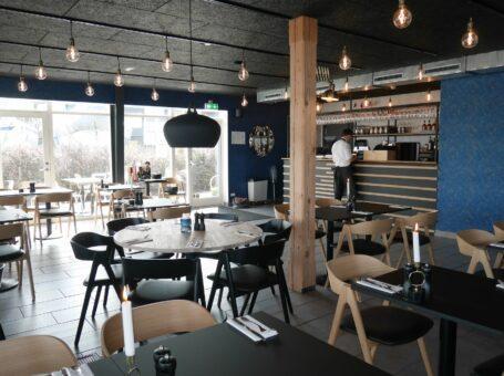 Restaurant Ombord Aalborg dinnerlust café restaurant menukort bestil reserver bådehavnsvej