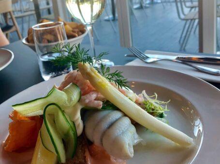 restaurant ombord menukort aalborg 9000 bådehavnsvej fisk torsk laks dinnerlust café restaurant nordens paris