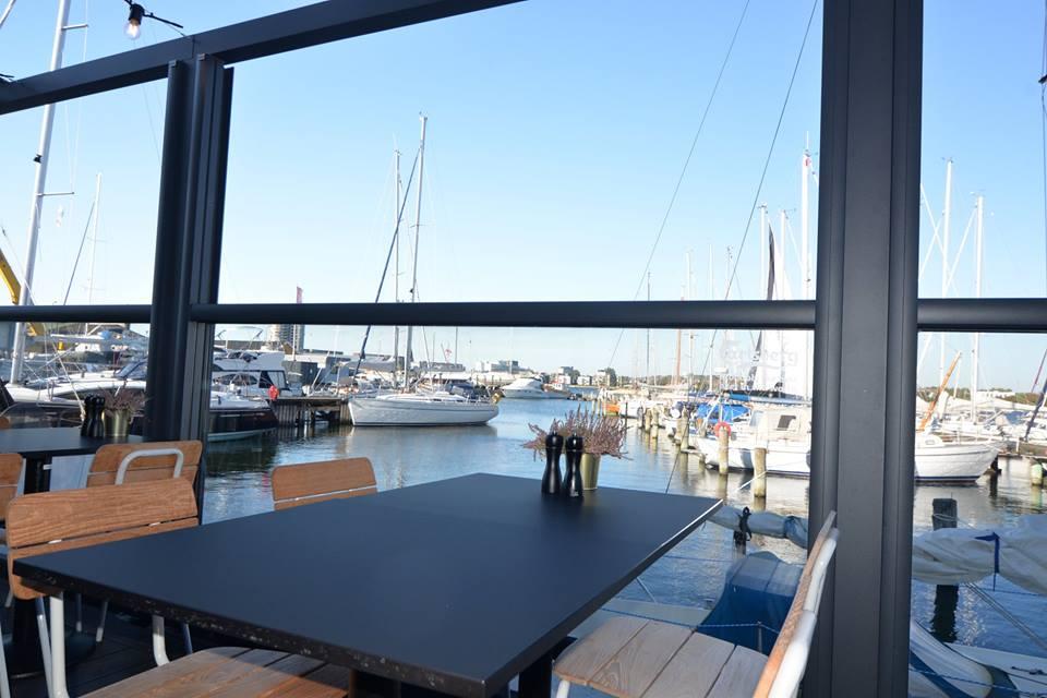 restaurant ombord dinnerlust brunch aalborg bådehavnen bådehavnsvej fisk gourmet restaurant café