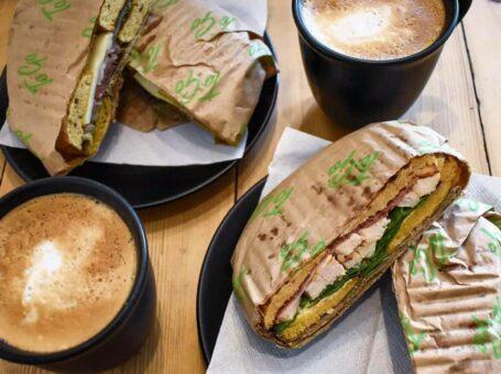 BACO i aalborg bagels kaffe coffee vesterå kaffebar billig kage 9000 bestil dinnerlust menukort åbningstider