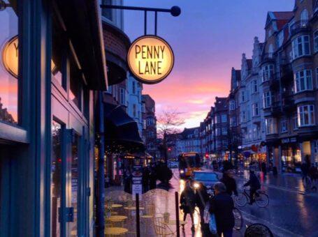 Penny Lane Café Aalborg reserver menukort spis book bord brunch kager konditori dinnerlust