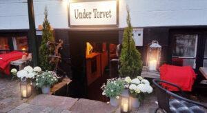 Under Torvet
